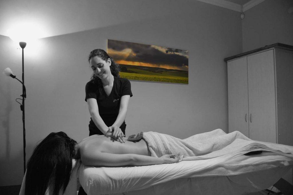 עיסויים וטיפולים